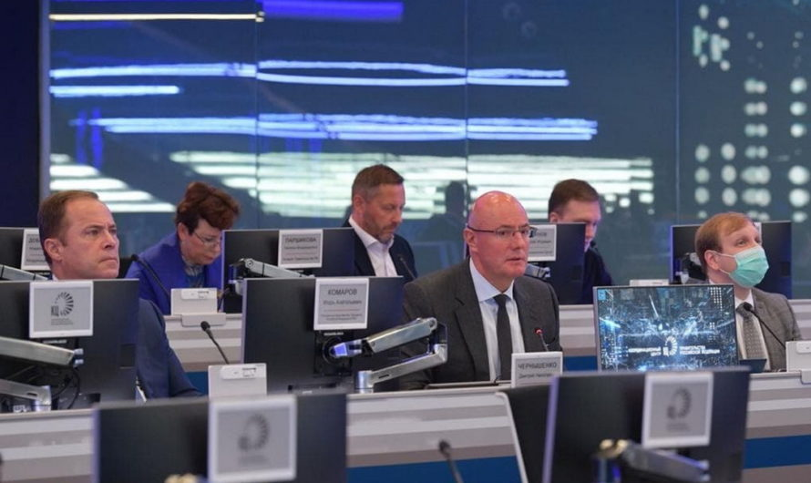Дмитрий Чернышенко и Игорь Комаров обсудили социально-экономическое развитие с главами регионов Приволжья